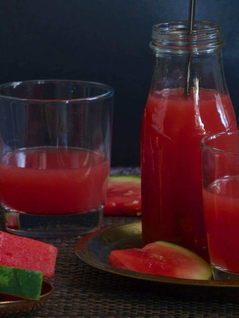 Watermelon Lemonade – Summer in the Glass!