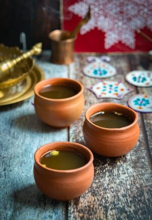 Panagam- Panakam-traditional-south-indian-drink is served in 3 mud pots.